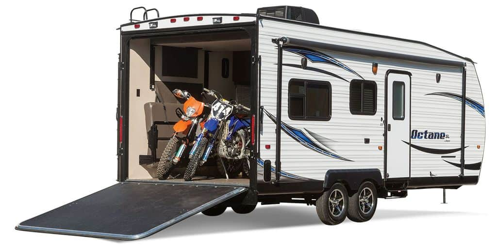 How to Choose the Best Toy Hauler - RV Pioneers