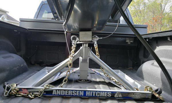 Fifth Wheel Hitch Variants